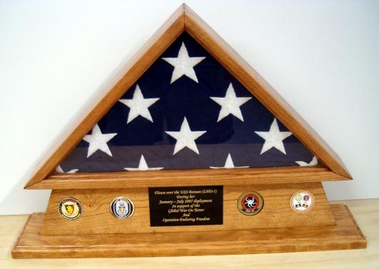 Pedistal Flag Case